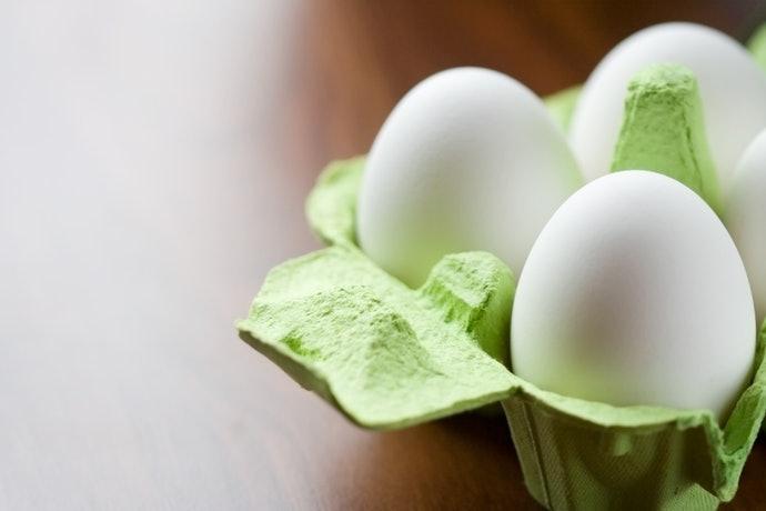 留意蛋框尺寸與雞蛋的大小是否吻合