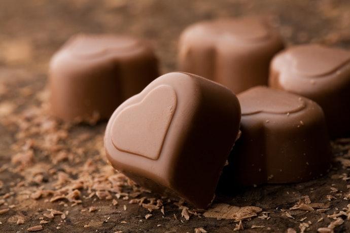 牛奶巧克力:柔和香甜,老少咸宜