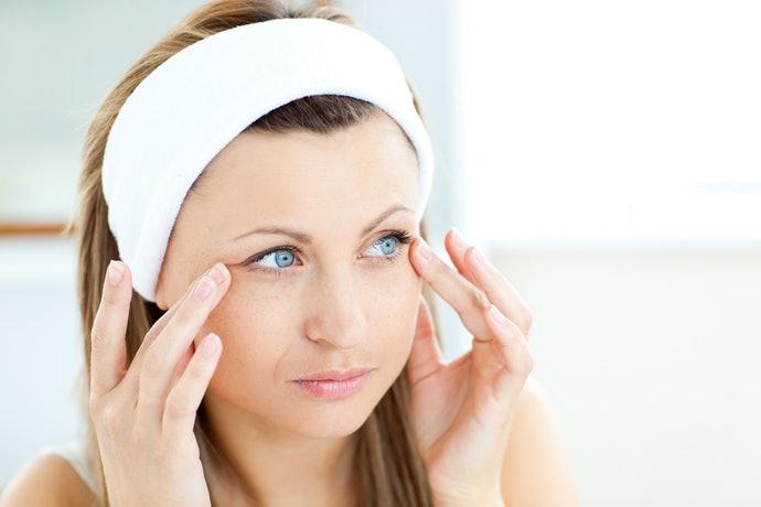 肌膚鬆弛、法令紋、乾燥、皺紋:玻尿酸及神經醯胺