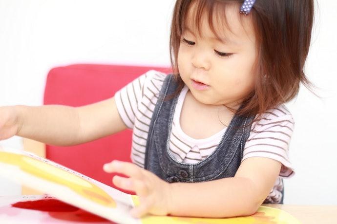 容易牢記的簡單內容,能讓孩子練習獨自閱讀