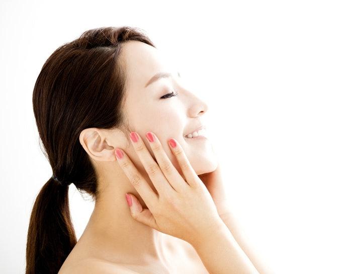 「低刺激性配方」減低肌膚負擔