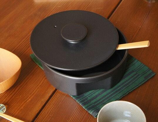 用在 IH爐時務必確認鍋子底部的形狀