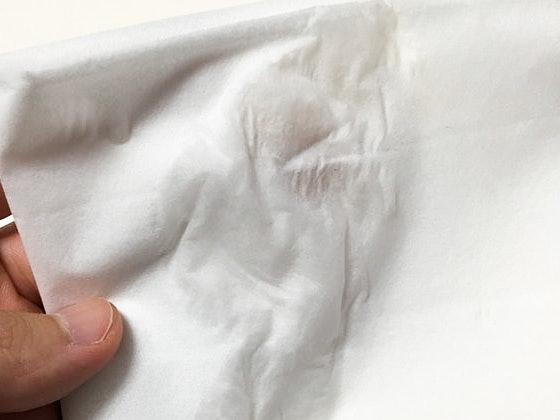 防水度果然值得讚賞!沖水後拿面紙按壓也不掉色